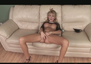 Hawt Golden-haired Milf Jerilyn Paige Goes Solo