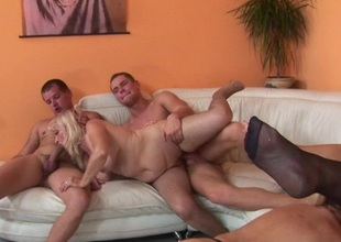 Kinky aged groupsex with loads of pussy