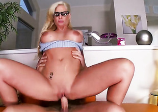 Phoenix Marie with massive knockers and trimmed snatch is in heaven sucking guys sturdy cock