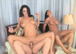 Jewels Jade and Roxanne Hall nailed in 4some in bed