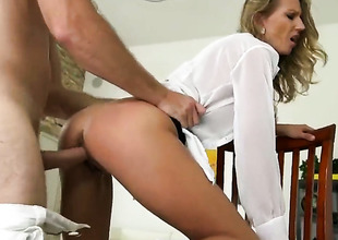 Blonde turns guy on before giving cock massage