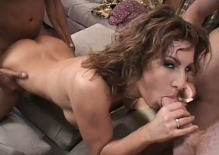 Breasty cougar with a spicy ass knows her way around three huge knobs