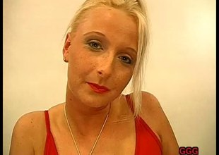 Smutty golden-haired cumsprayed on her face pending a fascinating palpitating
