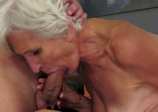 Old and unshaved whore is happy to get muff diving