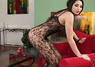 Brunette hair Zafira copulates herself like mad in solo action