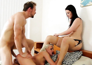 Erik Everhard gets turned on by Kimberly Kane and then bangs her mouth