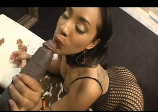 A nice black ass is all Lex needs to get hard. This chick Donna Red is pure milk chocolate and lots of it. Worthwhile pussy action and 11 inches of dark salami slide in and out of her pussy, She rides him in the same way as a cowboy and the rodeo has begun!!