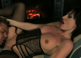 Brunette harlot Ava Courcelles gets her shaved cunt banged well