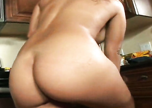 Sergio shoves his meat pole in fuck hungry Calisyn Hearts mouth