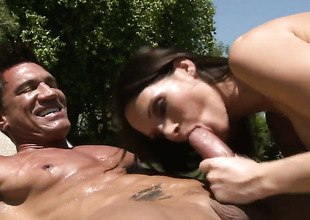 Jennifer Darksome sucks like theres no tomorrow in steamy blowjob action with hard dicked bang buddy Marco Banderas