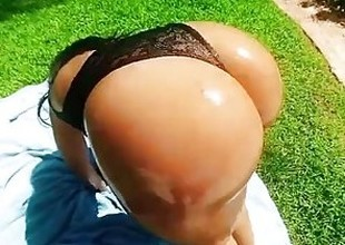 TeenCurves - Big Booty Latina Fucked By The Pool