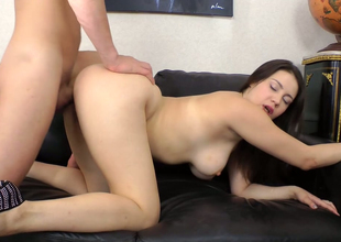 Curvy brunette bitch Kerry Blanc gets her booty hole hammered