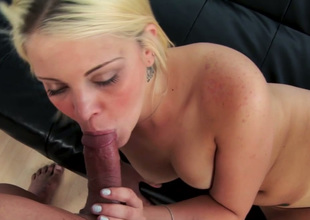 Enticing blonde girl Miss Dallas sucks sugary cock