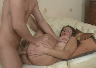 Sweet and sexy dark brown chick Lisa enjoys fantastic anal