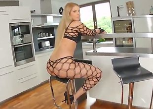 Brandy Smile is a blond bitch with a sexy body and face that will make u cum in no time. This babe also loves playing with brutal dildos whilst others watch her.