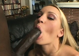Jasmine Lynn wants to be processed with no respect by this black dick