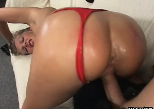 Delightful golden-haired with a fabulous ass Porcha gets drilled on the couch
