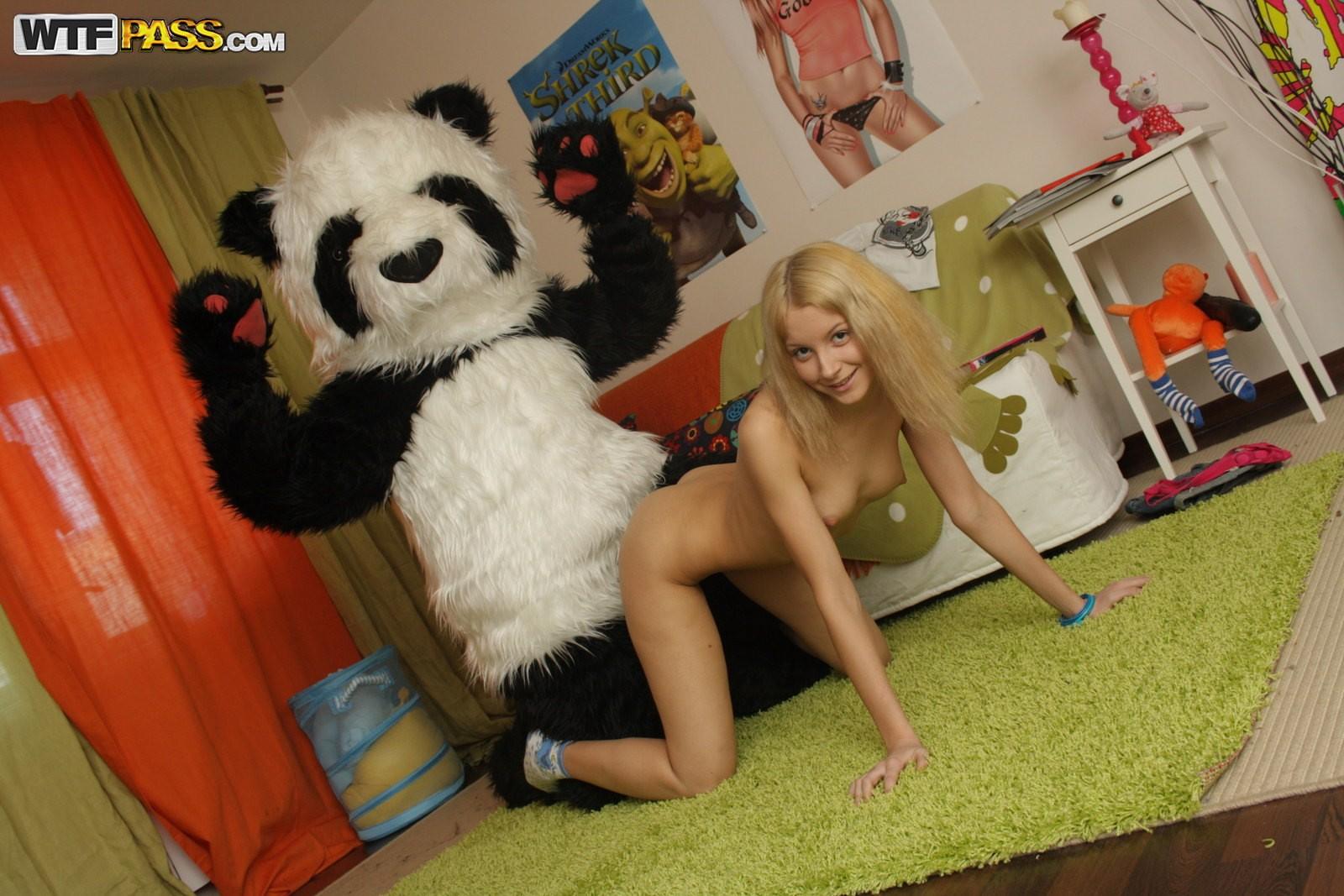 Трахающиеся панды фото 3 фотография